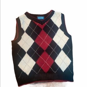 ✨3 for $30✨3T Boys Knit Sweater Vest